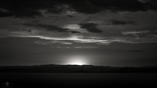 Sun Set (Monochrome Version)